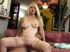 Robin Pachino gets turned on then face fucked