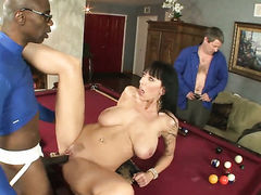 Sean Michaels gets pleasure from fucking